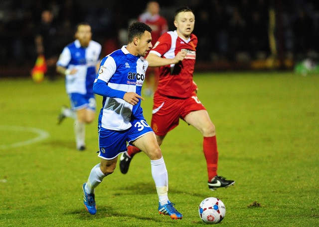 Lyle Della-Verde in action Alfreton [Photo courtesy of Neil Brookman]
