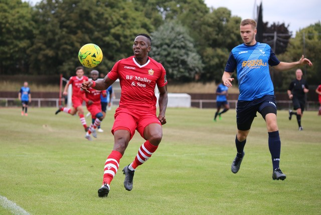 Chris Dickson has been in excellent for for Hornchurch this season and last Saturday they won through to the second round of the FA Trophy. Photo courtesy of Peter Trinder, photographer, Hornchurch
