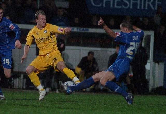 picture jeffdavis.co.uk: Macclesfield v Bristol Rovers: Sean Rigg in action